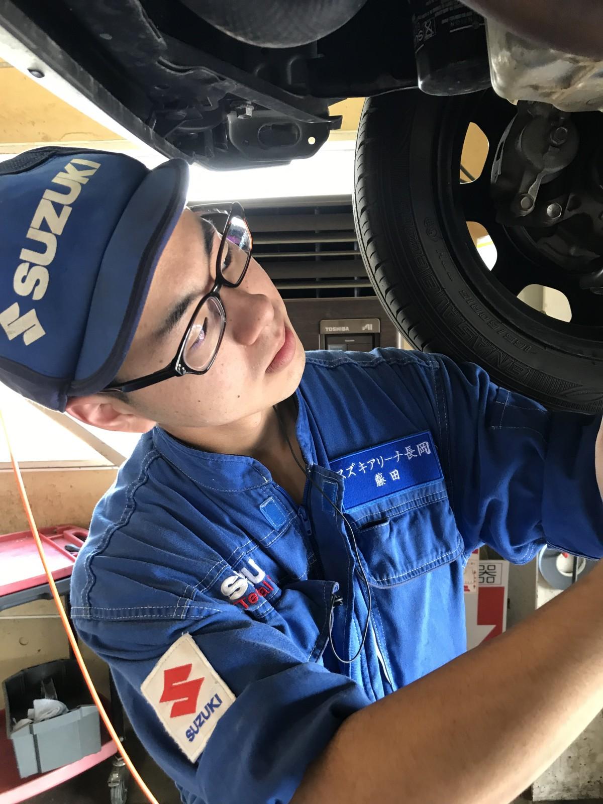 【スズキアリーナ長岡】自動車整備士 マイカー通勤OK・サービス手当あり・年間表彰奨励金あり